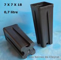Pots 7 x 7 x 18 cm